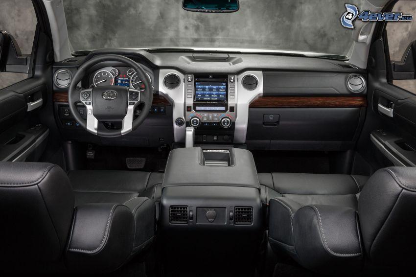 Toyota Tundra, interiér, palubná doska, volant