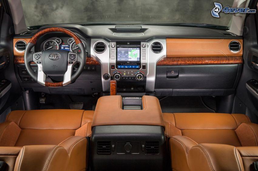 Toyota Tundra, interiér, volant, palubná doska