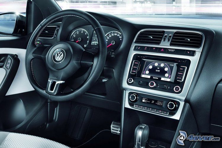 Volkswagen Cross Polo, volant, palubná doska, interiér
