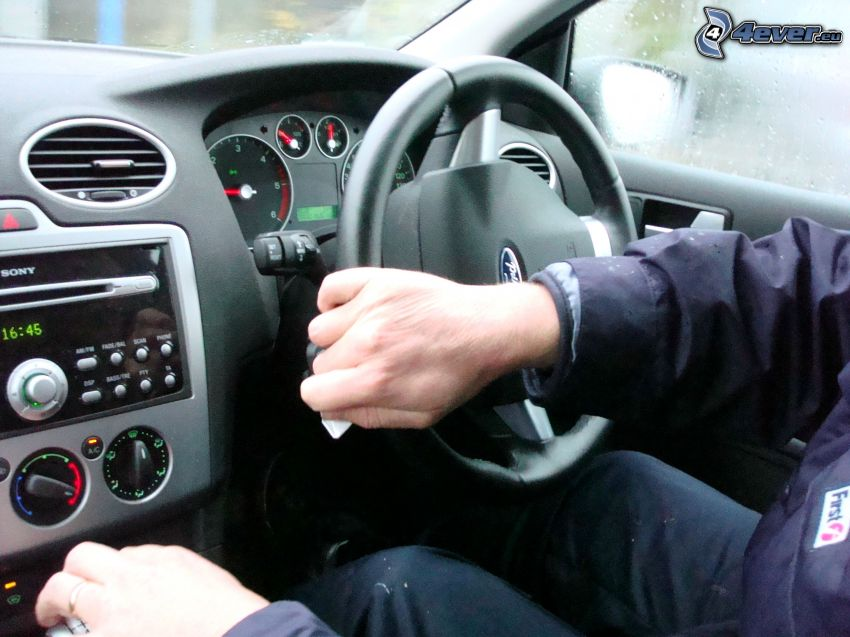 volant, ruky