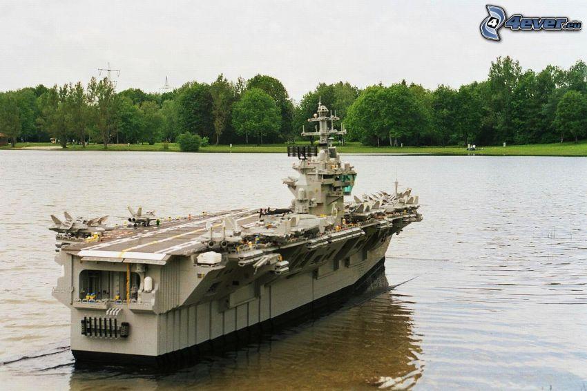 lietadlová loď, Lego, jazero