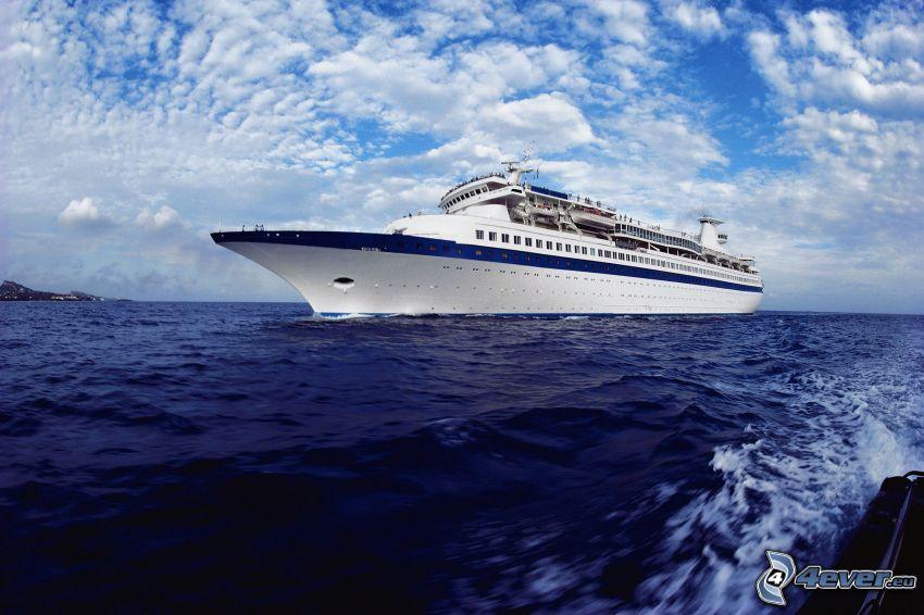 luxusná loď, more, oblaky
