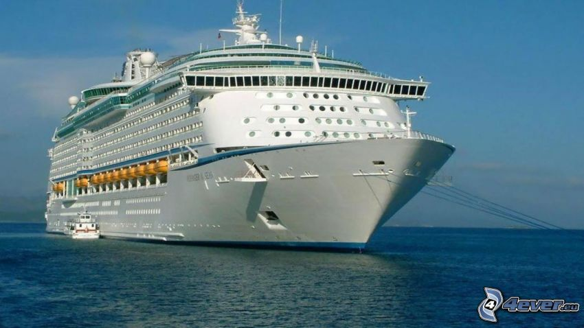 luxusná loď, more