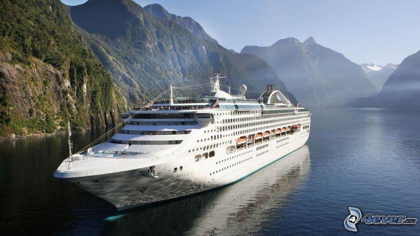 luxusná loď, pohorie