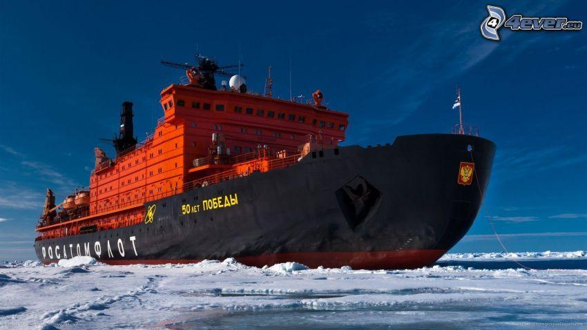 nákladná loď, more