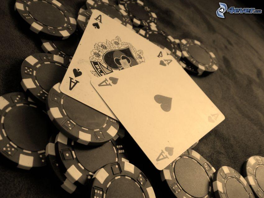 karty, esá, žetóny, čiernobiela fotka