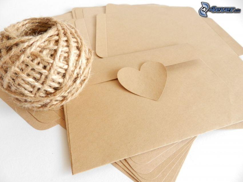 obálky, špagát, srdiečko