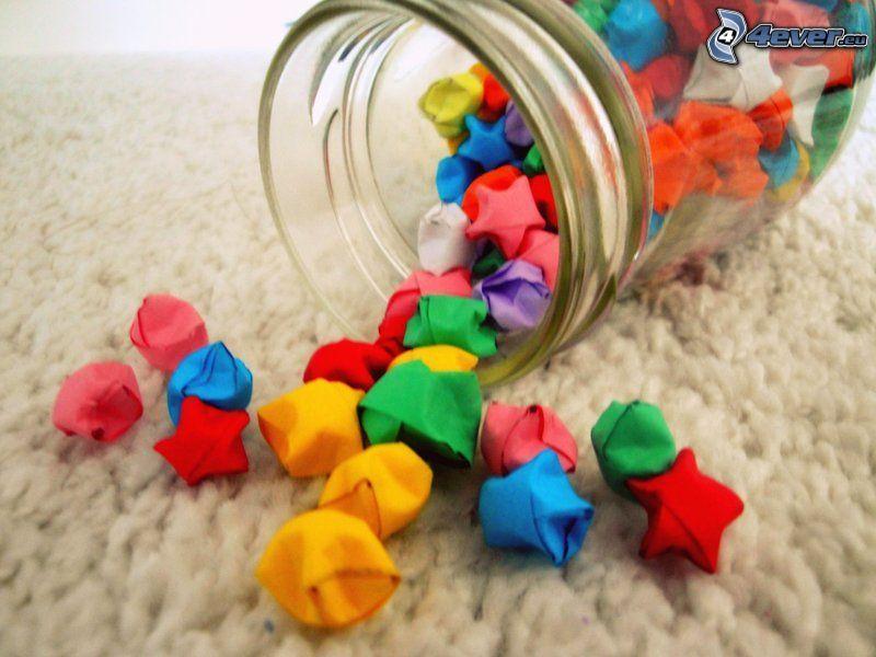 origami, cukríky, pohár, farebné papiere
