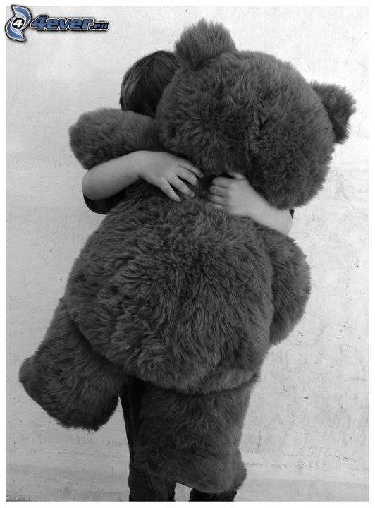 plyšový medvedík, objatie