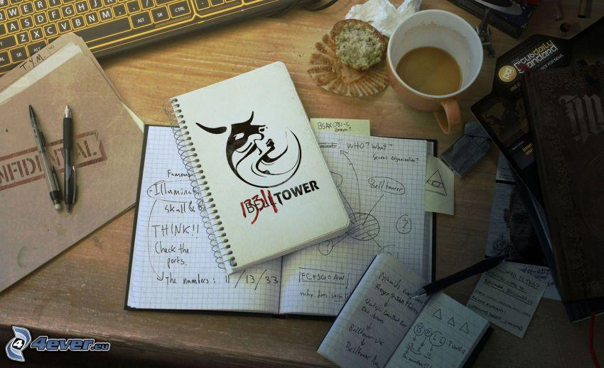 pracovný stôl, zošit, káva