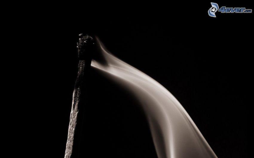 zápalka, dym