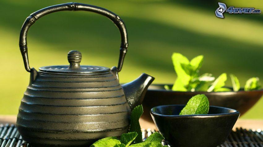 čajník, mäta