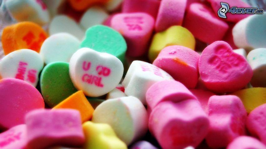 cukríky, farebné srdiečka