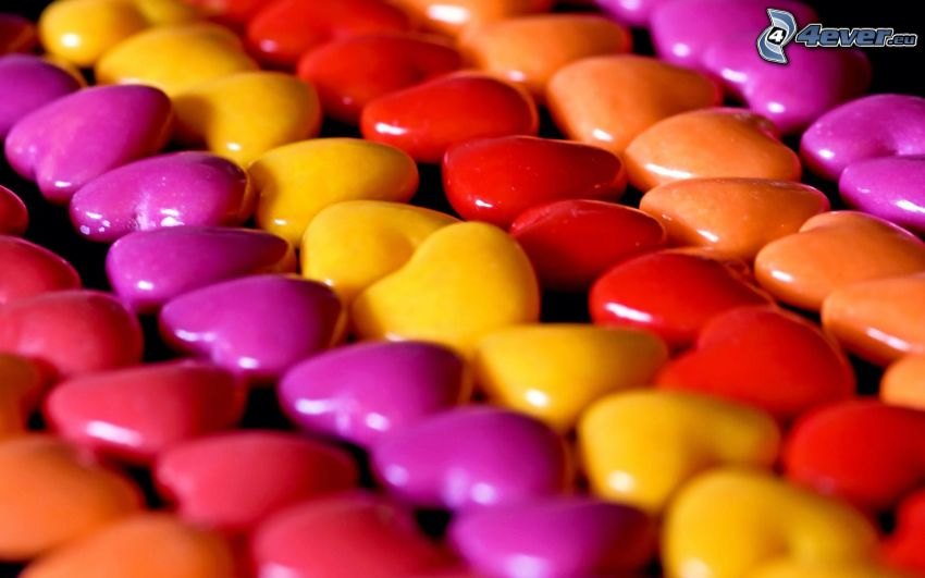 cukríky, srdiečka, farebné