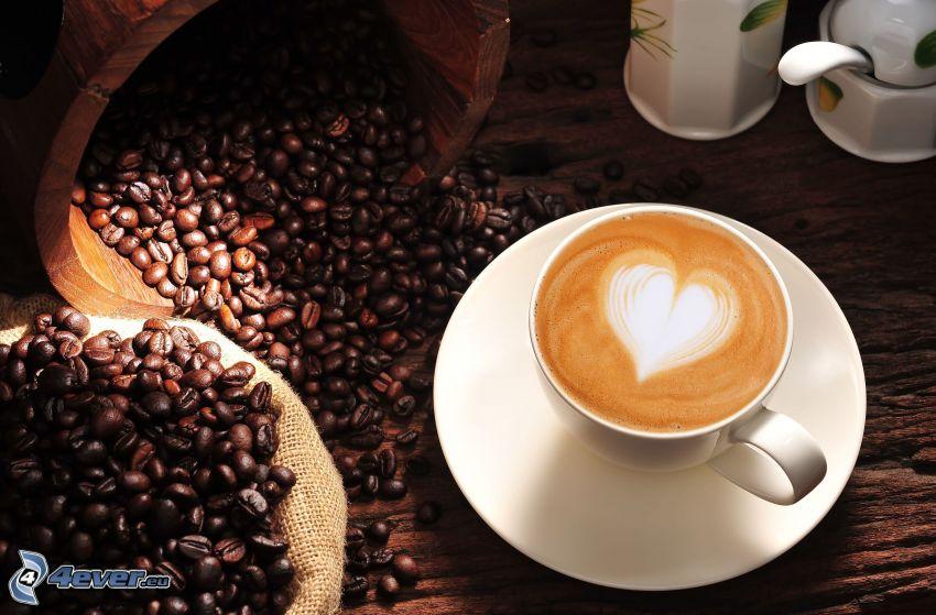 kapučíno, pena, srdiečko, kávové zrná