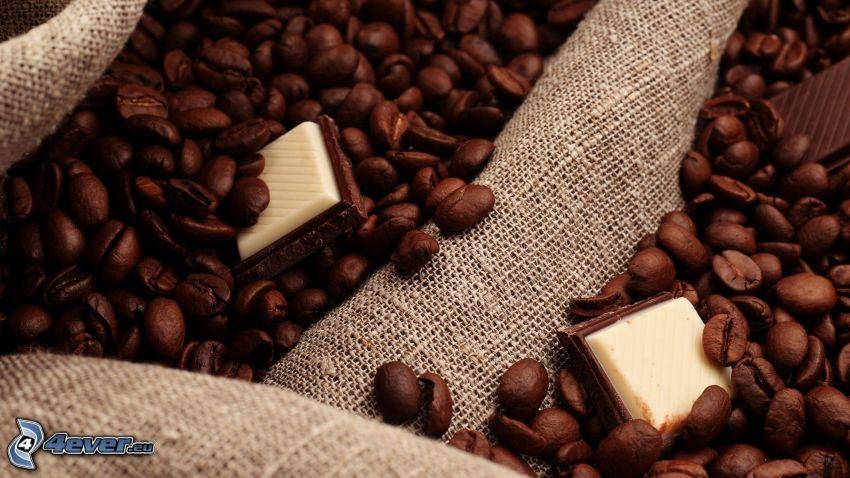 kávové zrná, čokoláda