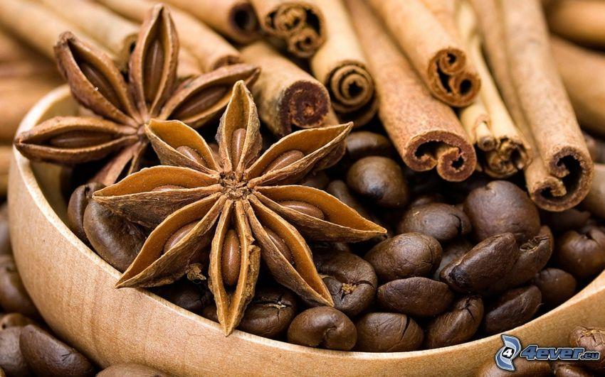 kávové zrná, škorica