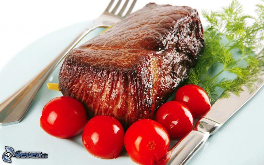 steak, kôpor, paradajky, príbor