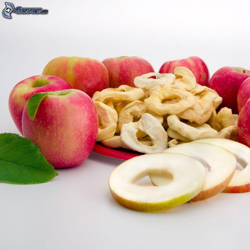 sušené jablká, červené jablká