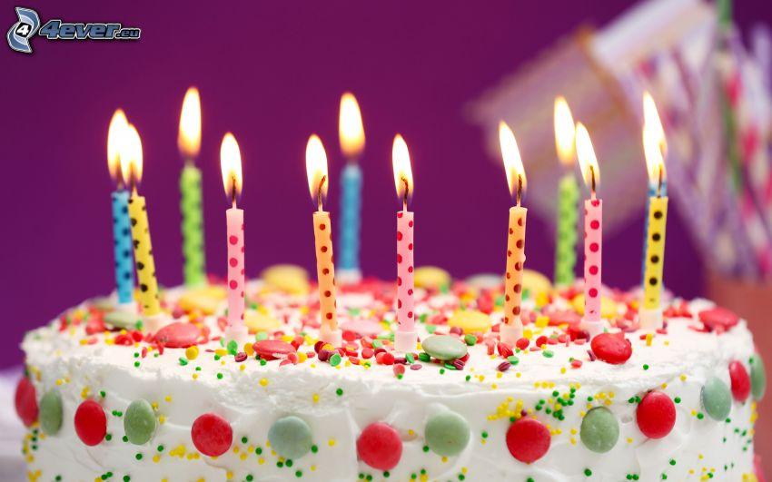 torta, sviečky, lentilky