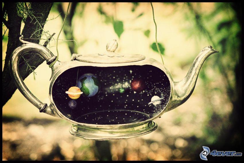 čajník, vesmír