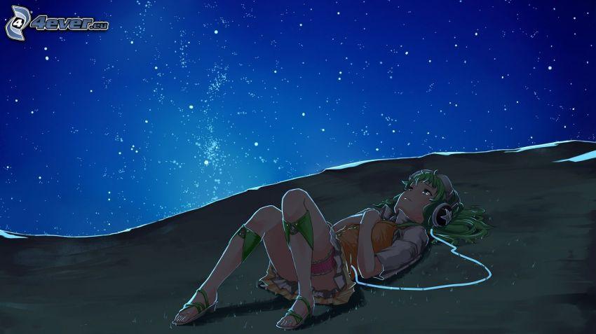 dievča so slúchadlami, nočná obloha