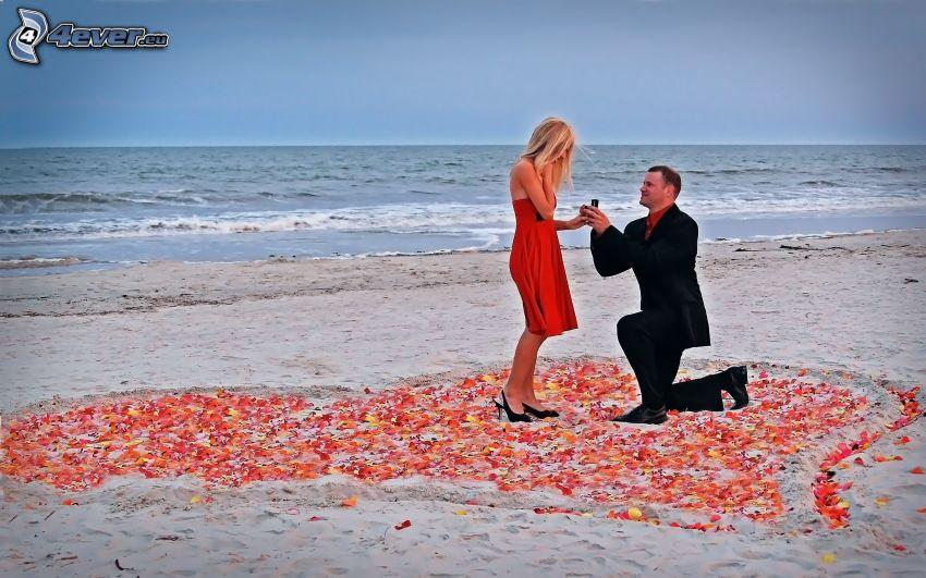 žiadosť o ruku, srdce, piesočná pláž, šíre more, prekvapenie, muž v obleku