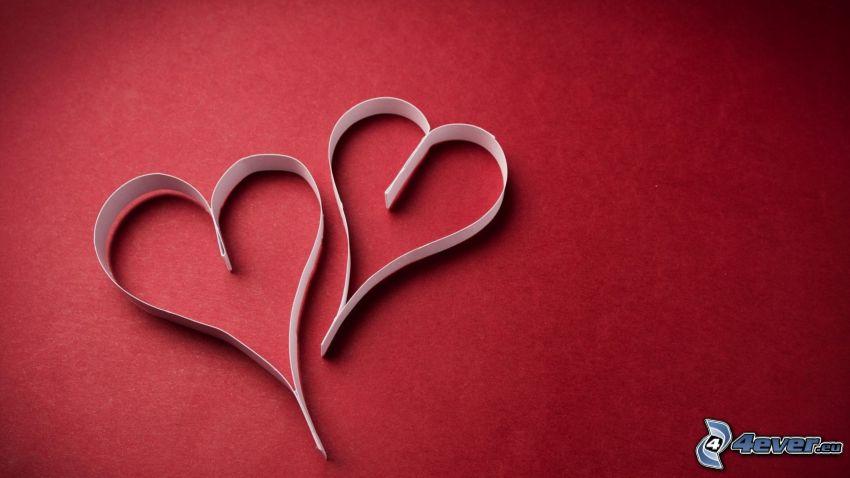 papierové srdce, červené pozadie