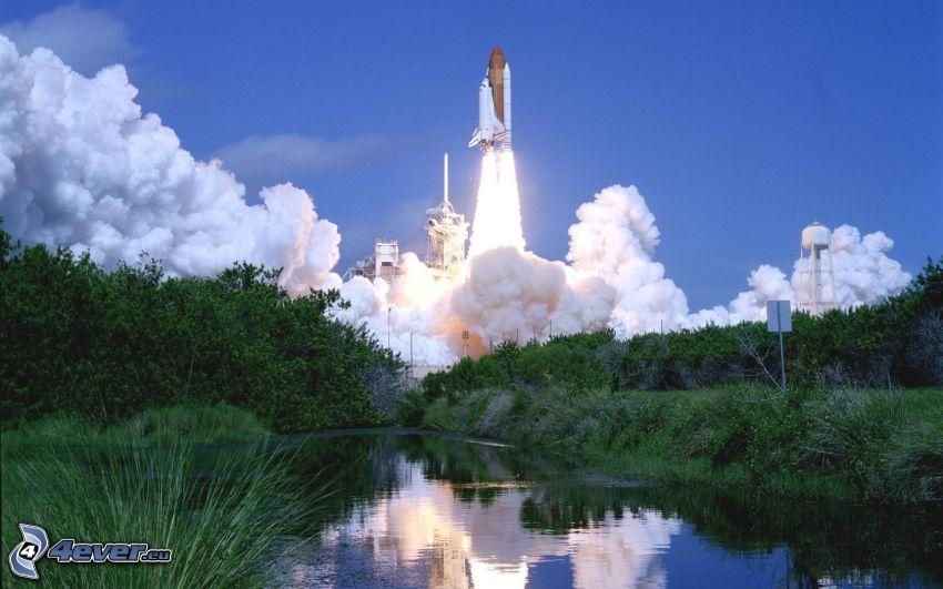 štart raketoplánu