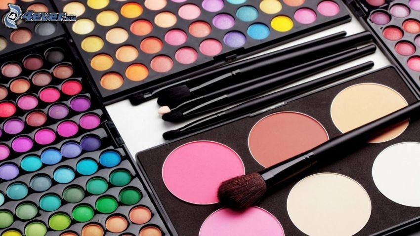 make-up, očné tiene, štetce