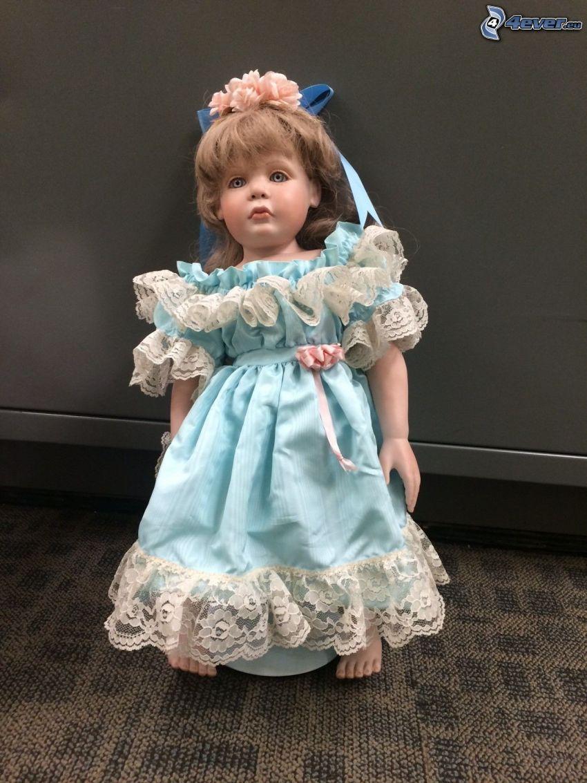 porcelánová bábika, modré šaty