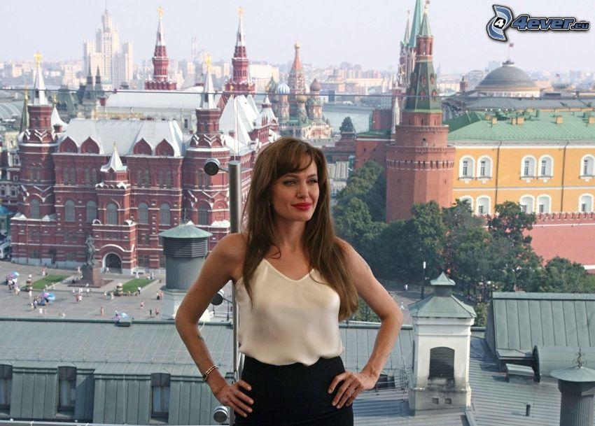 Angelina Jolie, výhľad na mesto, Kremeľ, Moskva