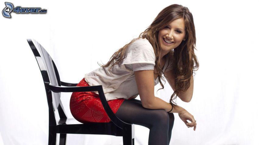 brunetka, stolička