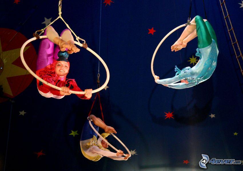 cirkus, gymnastka