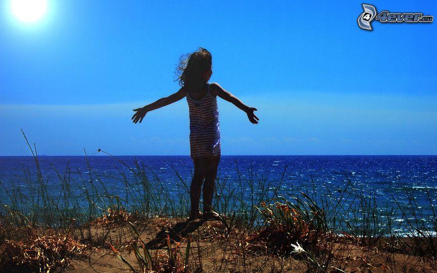 dievčatko, more