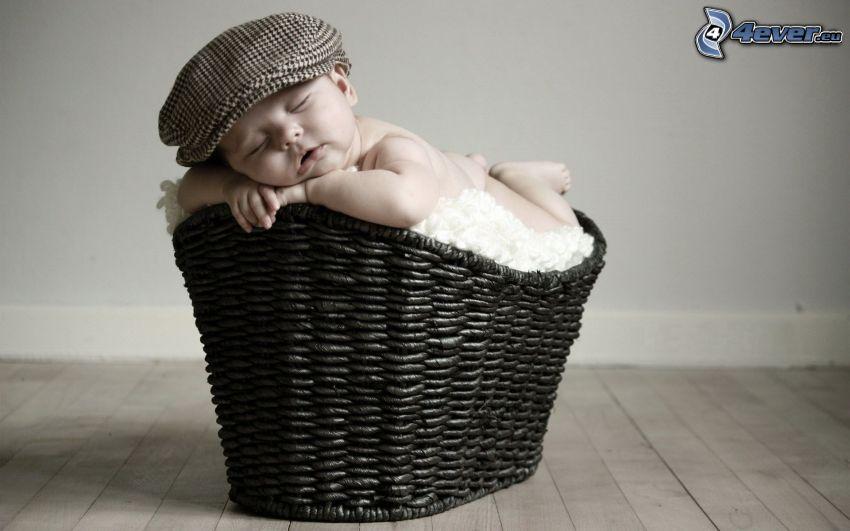 spiace dieťa, košík