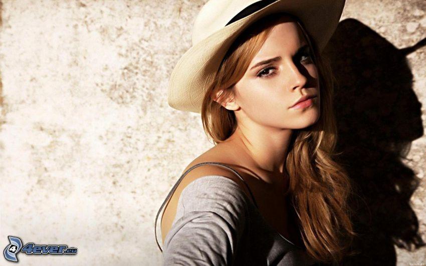 Emma Watson, dievča s klobúkom