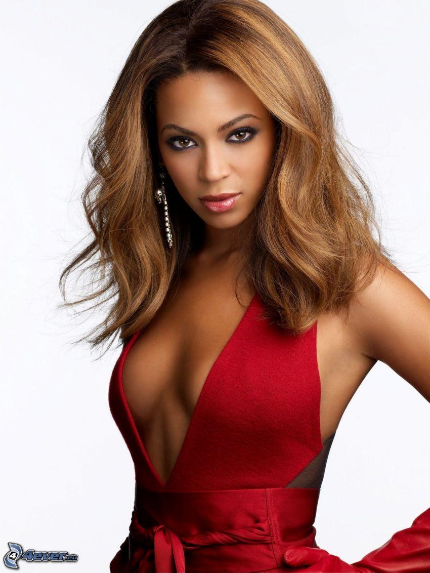 Beyoncé Knowles, červené šaty, brunetka