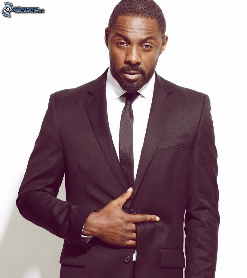 Idris Elba, muž v obleku