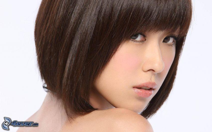 číňanka, brunetka