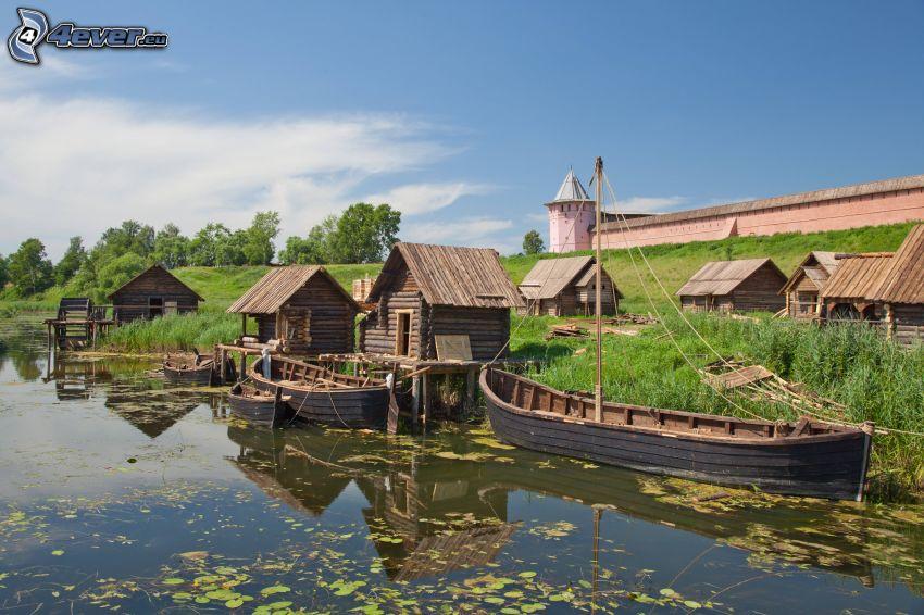 člny, jazero, domčeky