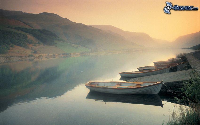 člny, lodenica, rieka, hory