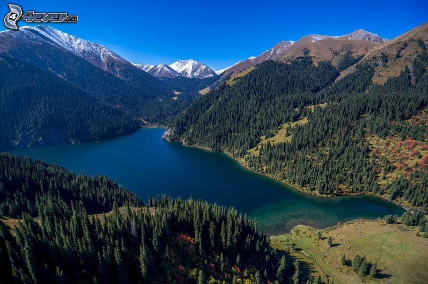 Kolsai Lakes, pohorie