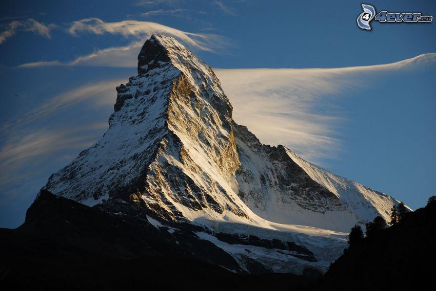 Matterhorn, zasnežená hora