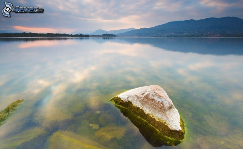 kameň, jazero, večer