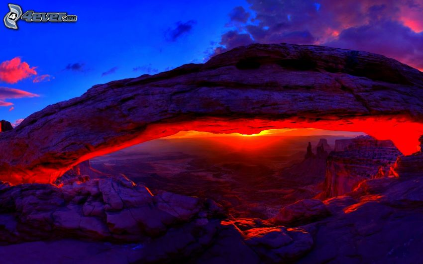 Mesa Arch, skalná brána, večer, západ slnka