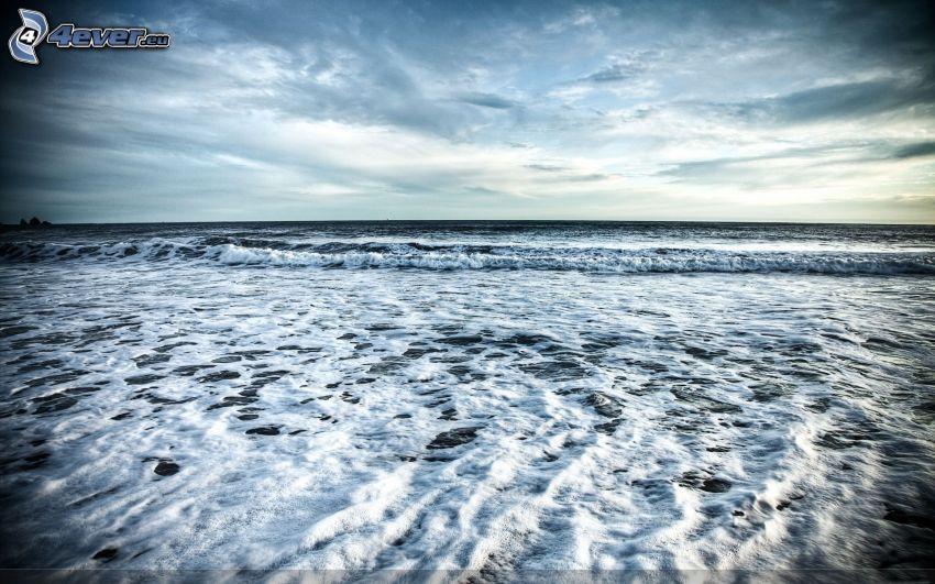 more, pláž, vlny na pobreží