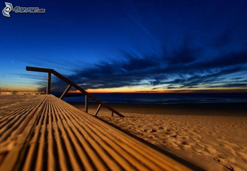večerná pláž, piesočná pláž