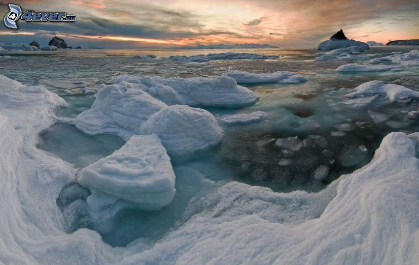 zamrznuté more, ľadové kryhy, ľadovce, po západe slnka