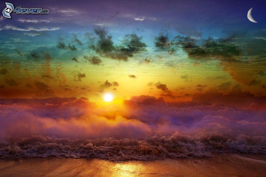 západ slnka za morom, oblaky, pláž, mesiac